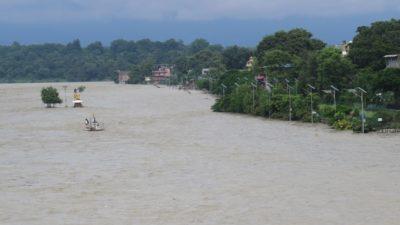 Narayani River crosses danger mark