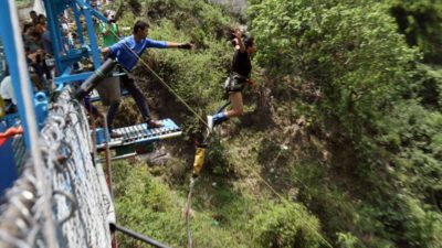 World's second highest bungee and swing come into operation