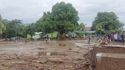 Nearly 90 dead in Indonesia, East Timor floods, dozens missing